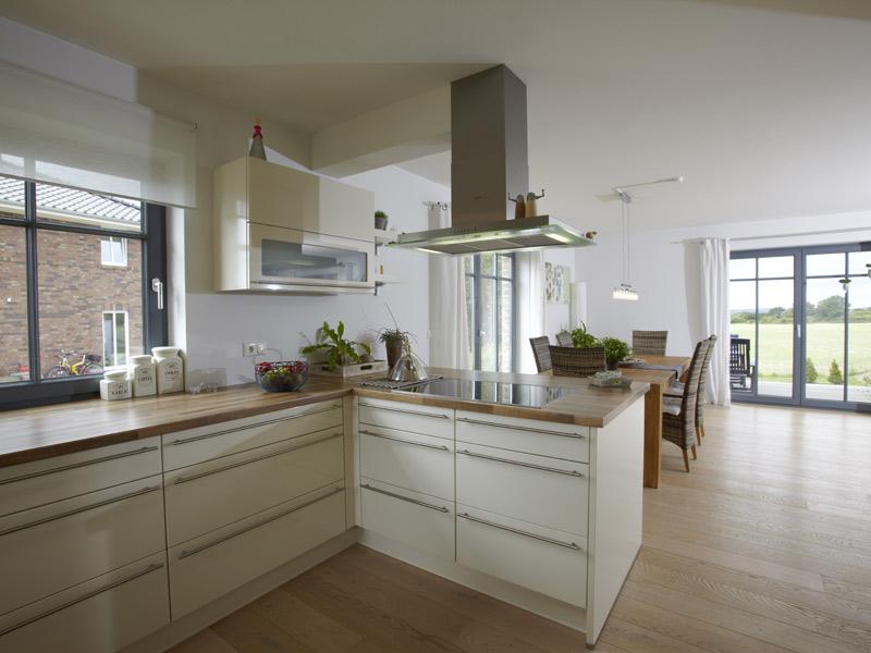 Haus Brede von Baumeister-Haus -Küche