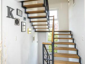 Haus Echterkamp von Baumeister-Haus. Treppe