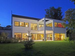 Haus Nolte von Baumeister-Haus. Gartenansicht