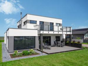 Villa Bauhausstil von Weberhaus. Terrasse